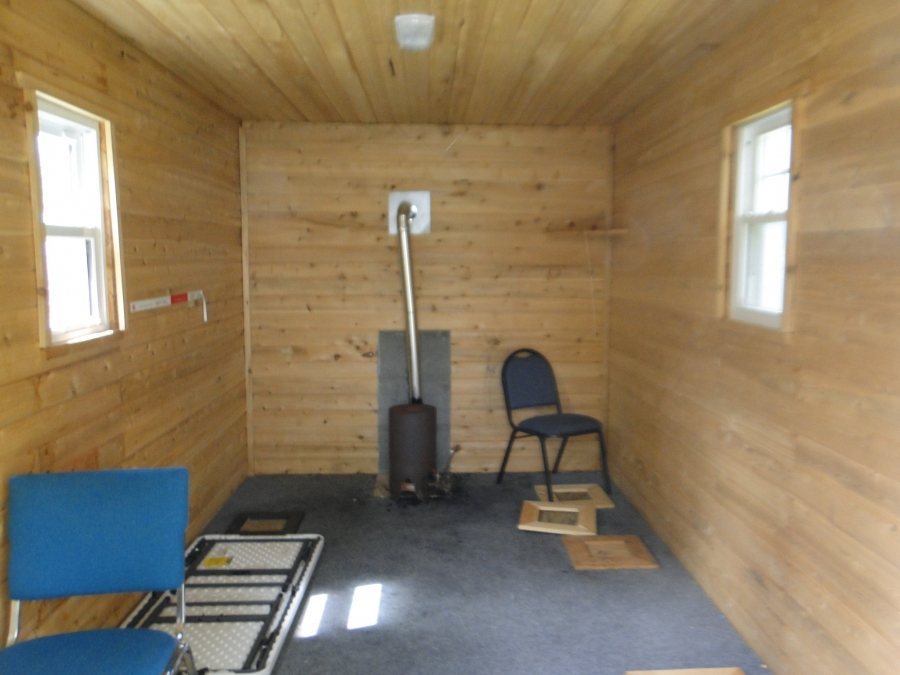 Ice fishing lake winnibigoshish mn ice house rentals for Fish house rentals mn