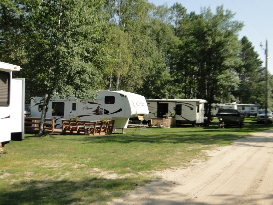 If You Are Looking For A Nice Quiet RV Park With Excellent Accommodations And Great Fishing We Have Just The Spot Your Or Model Unit